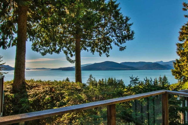 380 BAYVIEW ROAD - Lions Bay House/Single Family for sale, 4 Bedrooms (R2119074)