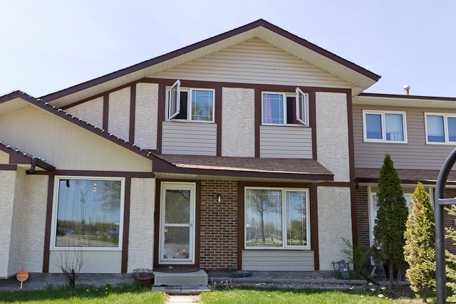 D 860 McMeans Ave - Canterbury Park TWNHS for sale, 3 Bedrooms (R2072039)