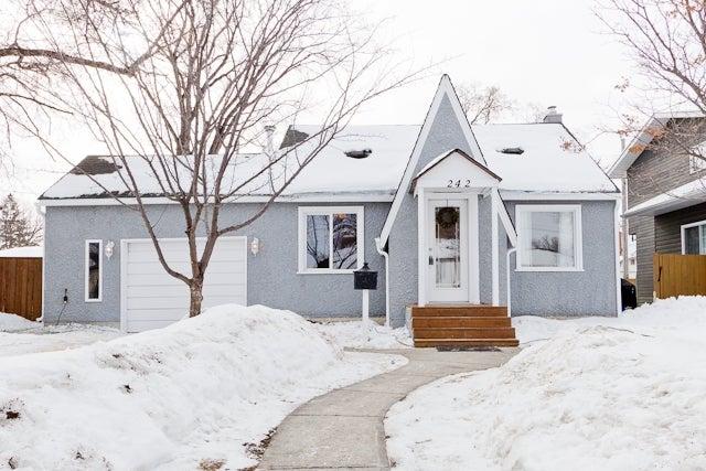 242 Roberta Ave - East Kildonan HOUSE for sale, 2 Bedrooms (F1446702)