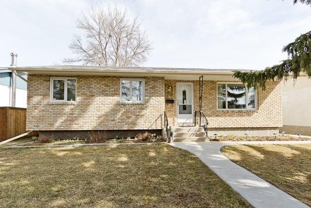 315 Thom Ave E - East Transcona HOUSE for sale, 3 Bedrooms (V779574)