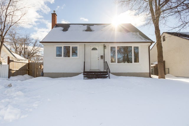 52 Varennes Avenue - St. Vital HOUSE for sale, 3 Bedrooms (1702909)