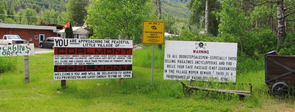 Coalmont Welcome Signs