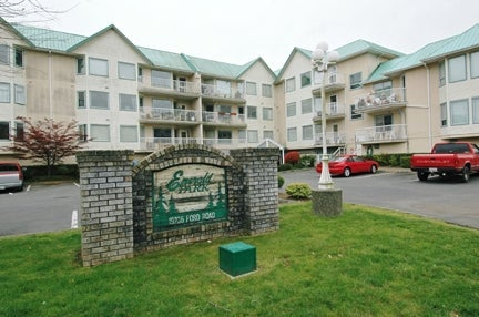 Emerald Park   --   19236 FORD RD - Pitt Meadows/Central Meadows #1