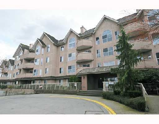 Laseur Manor   --   12464 191B ST - Pitt Meadows/Mid Meadows #1