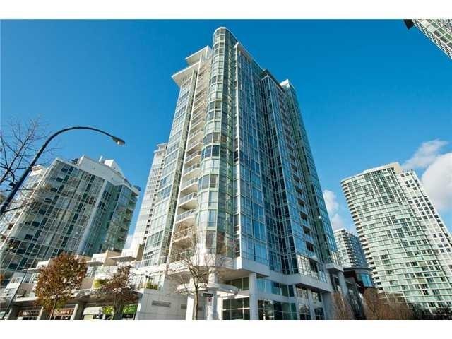 MARINASIDE RESORT RESIDENCES   --   1077 MARINASIDE CR - Vancouver West/Yaletown #1