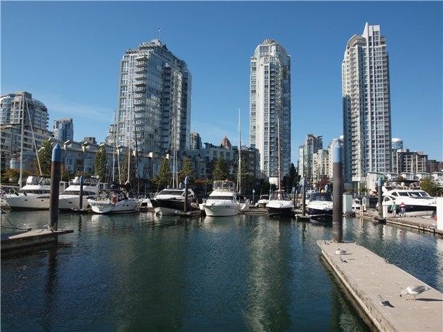 QUAYSIDE MARINA   --   1088 MARINASIDE CR - Vancouver West/Yaletown #1