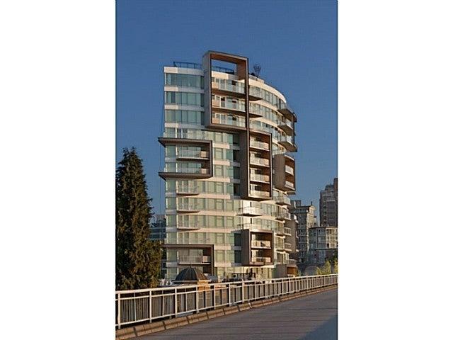 6TH AND FIR   --   1565 W 6 AV - Vancouver West/False Creek #1