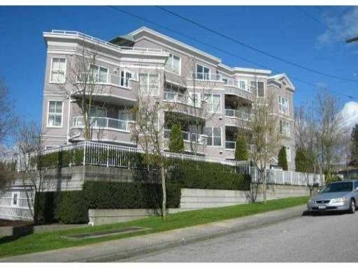 Belle Arbour   --   245 St Davids - North Vancouver/Lower Lonsdale #1