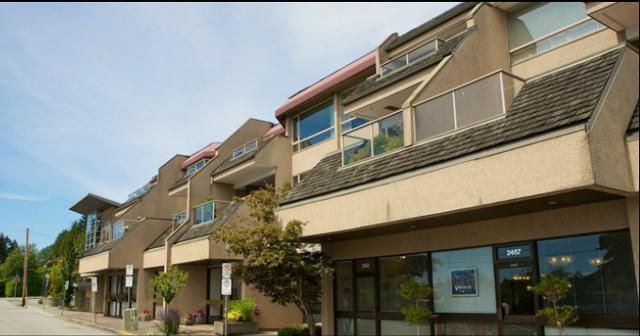Ocean Park   --   2471 BELLEVUE AV - West Vancouver/Dundarave #1