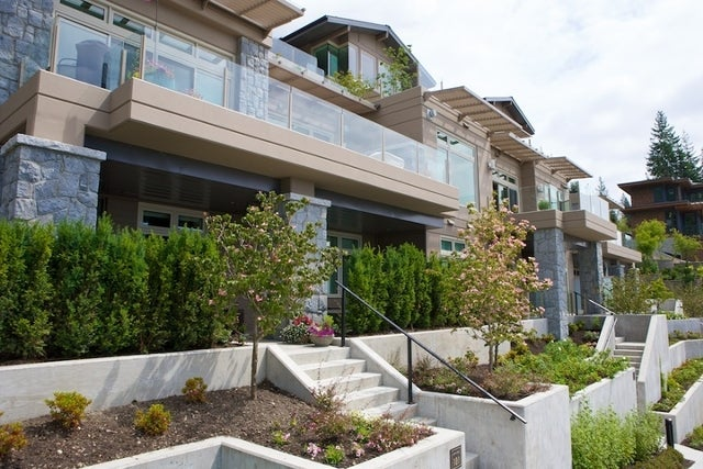Aerie II   --   2575 GARDEN CT - West Vancouver/Whitby Estates #15