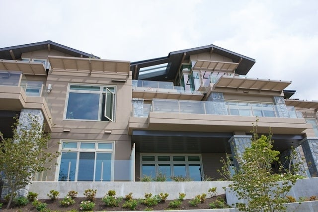 Aerie II   --   2575 GARDEN CT - West Vancouver/Whitby Estates #17