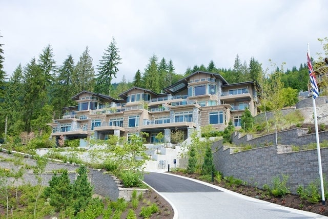 Aerie II   --   2575 GARDEN CT - West Vancouver/Whitby Estates #21