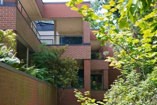 Regency Place   --   2408 HAYWOOD AV - West Vancouver/Dundarave #2