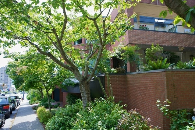 Regency Place   --   2408 HAYWOOD AV - West Vancouver/Dundarave #4