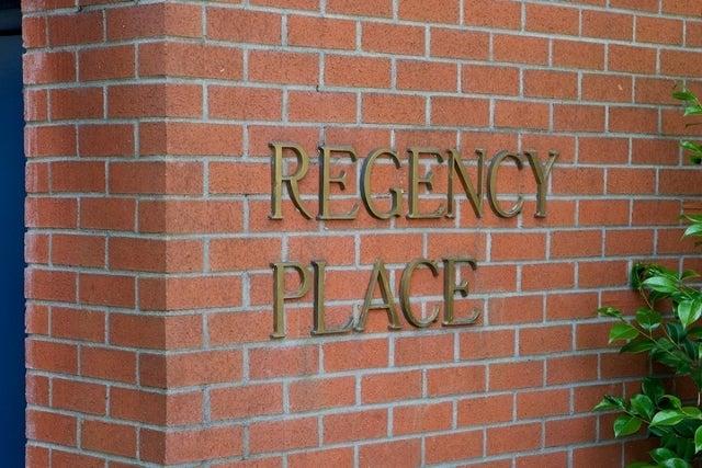 Regency Place   --   2408 HAYWOOD AV - West Vancouver/Dundarave #9