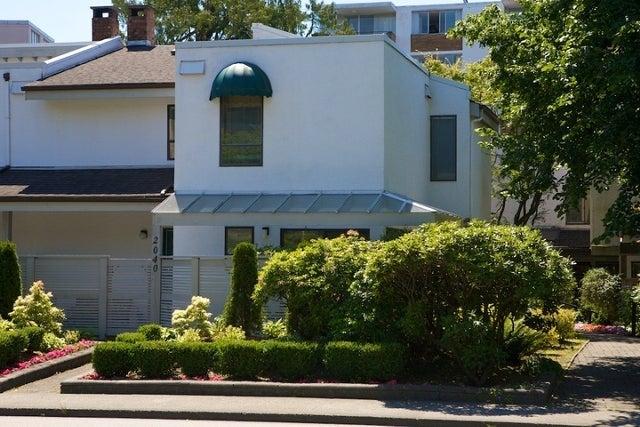 n/a   --   2030 - 2040 MARINE DR - West Vancouver/Ambleside #3