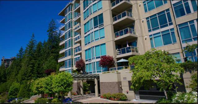 Deer Ridge   --   3010 - 3188 DEER RIDGE RD - West Vancouver/Deer Ridge WV #10