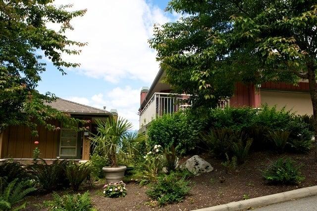 Seascapes   --   8502 - 8745 Seascape Drive - West Vancouver/Howe Sound #9