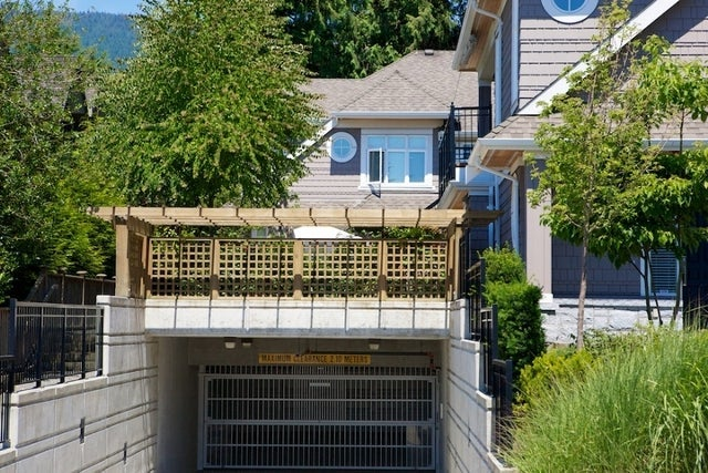 Stonethro   --   2115 - 2133 GORDON AV - West Vancouver/Dundarave #4