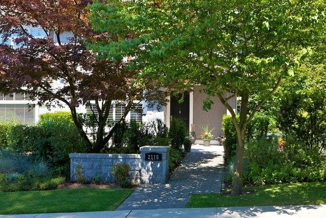 Stonethro   --   2115 - 2133 GORDON AV - West Vancouver/Dundarave #13