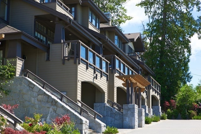 Chairlift Ridge   --   2555 SKILIFT RD - West Vancouver/Chelsea Park #11