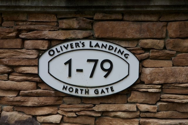 Oliver's Landing   --   1 - 56 Beach Drive - West Vancouver/Furry Creek #8