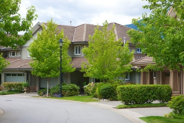Oliver's Landing   --   1 - 56 Beach Drive - West Vancouver/Furry Creek #10