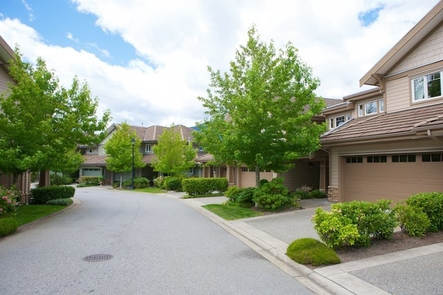 Oliver's Landing   --   1 - 56 Beach Drive - West Vancouver/Furry Creek #11