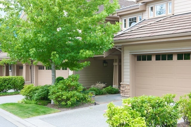 Oliver's Landing   --   1 - 56 Beach Drive - West Vancouver/Furry Creek #13