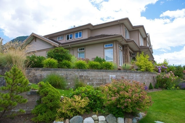 Oliver's Landing   --   1 - 56 Beach Drive - West Vancouver/Furry Creek #31