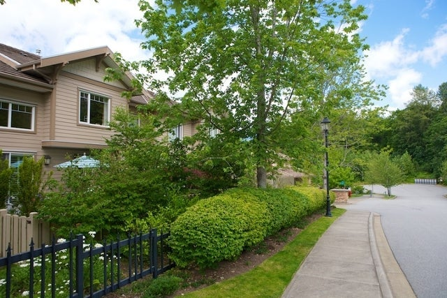 Oliver's Landing   --   1 - 56 Beach Drive - West Vancouver/Furry Creek #38