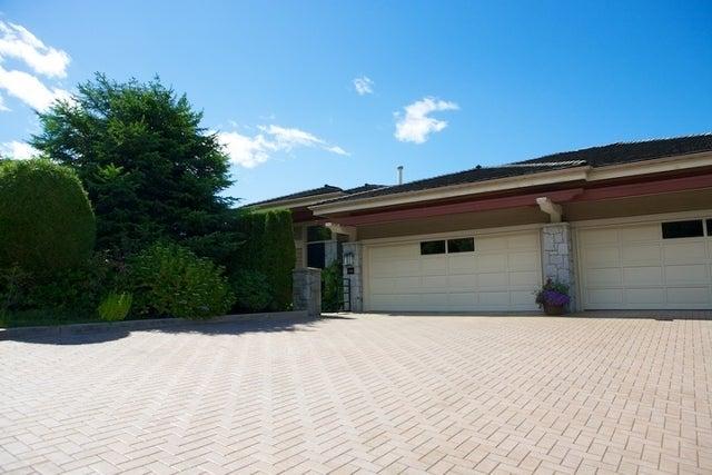 Salishan   --   2466 - 2490 VARLEY LN - West Vancouver/Panorama Village #4
