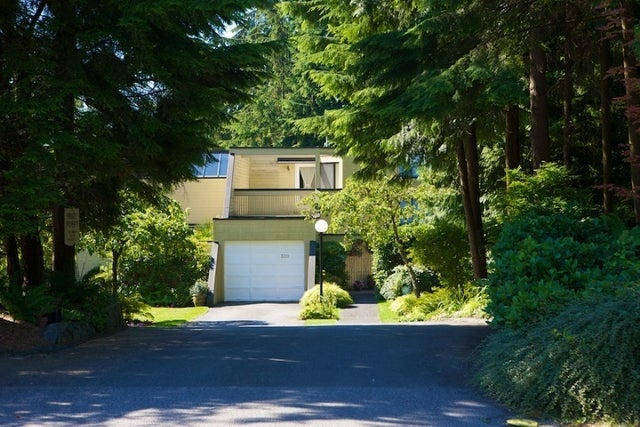 312 - 318 Keith Road   --   312 - 318 KEITH RD - West Vancouver/Park Royal #2