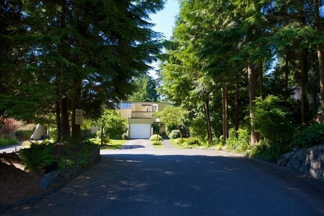 312 - 318 Keith Road   --   312 - 318 KEITH RD - West Vancouver/Park Royal #3
