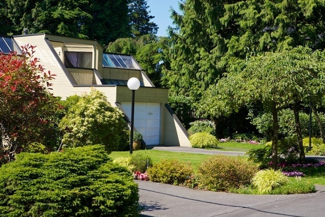 312 - 318 Keith Road   --   312 - 318 KEITH RD - West Vancouver/Park Royal #8
