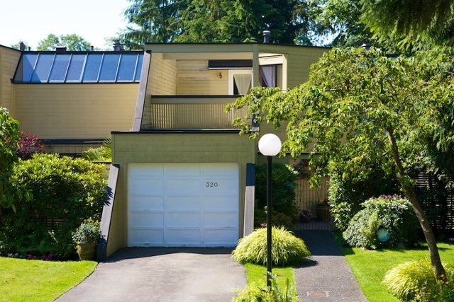 312 - 318 Keith Road   --   312 - 318 KEITH RD - West Vancouver/Park Royal #10