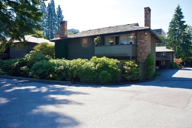 Spuraway Gardens   --   235 KEITH RD - West Vancouver/Cedardale #1
