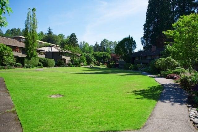 Spuraway Gardens   --   235 KEITH RD - West Vancouver/Cedardale #9