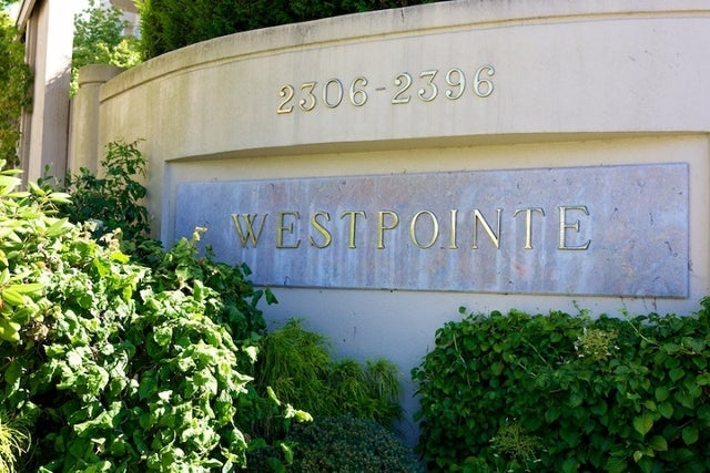 Westpointe   --   2306 - 2396 FOLKESTONE WY - West Vancouver/Panorama Village #5