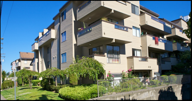 Place Fourteen   --   1363 CLYDE AV - West Vancouver/Ambleside #1