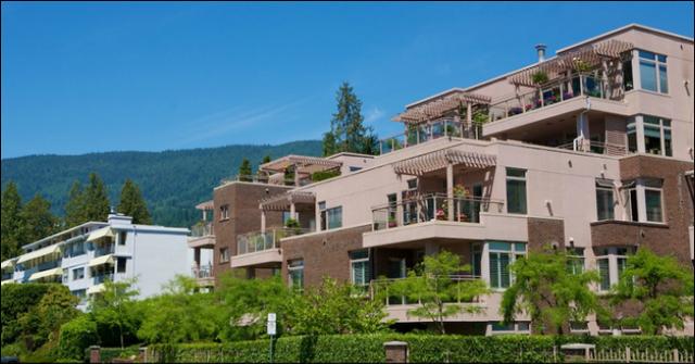 Rosemont   --   2271 BELLEVUE AV - West Vancouver/Dundarave #2
