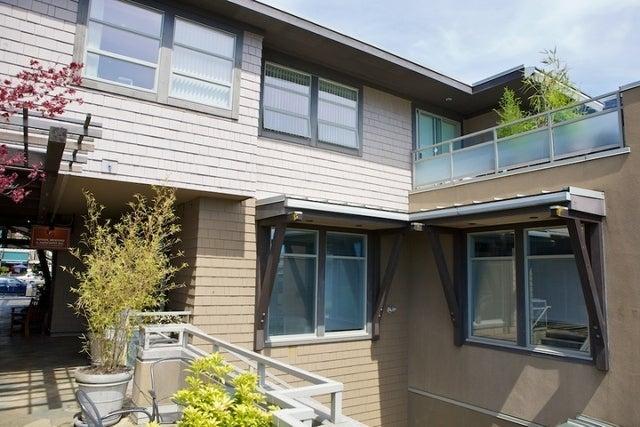 2418 Marine Drive   --   2418 MARINE DR - West Vancouver/Dundarave #4