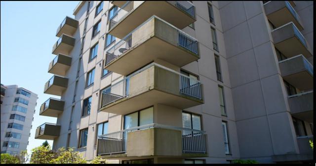 The Bellevue   --   2150 BELLEVUE AV - West Vancouver/Dundarave #4