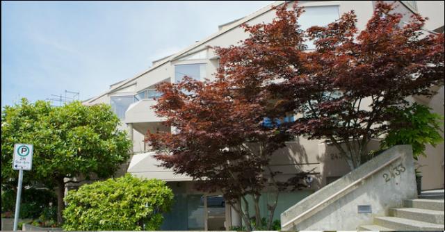2433 Bellevue Ave   --   2433 BELLEVUE AV - West Vancouver/Dundarave #6
