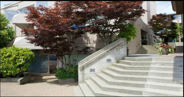 2433 Bellevue Ave   --   2433 BELLEVUE AV - West Vancouver/Dundarave #7