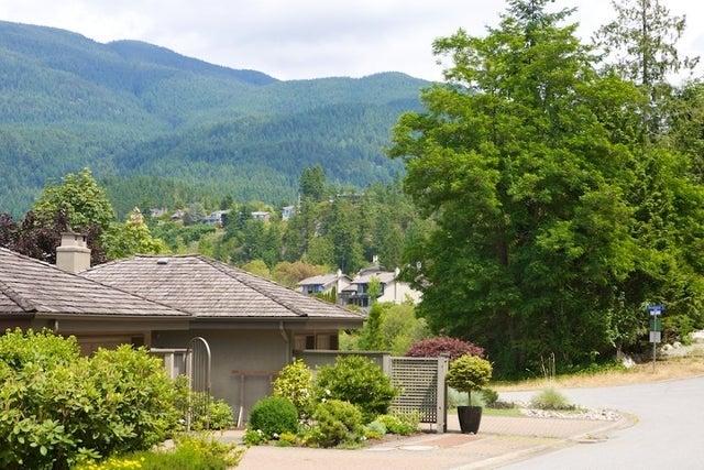 Sahalee   --   5138 - 5192 MEADFEILD RD - West Vancouver/Upper Caulfeild #14