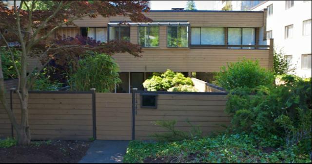 1440 - 1446 Esquimalt Ave   --   1440 - 1446 ESQUIMALT AV - West Vancouver/Ambleside #1