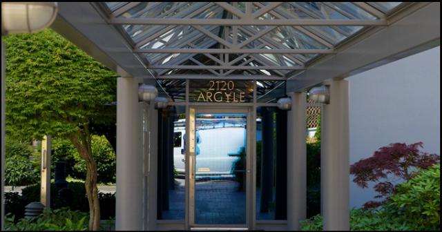 The Ray Building   --   2120 ARGYLE AVENUE - West Vancouver/Dundarave #6