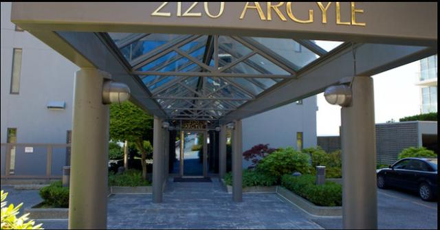The Ray Building   --   2120 ARGYLE AVENUE - West Vancouver/Dundarave #7