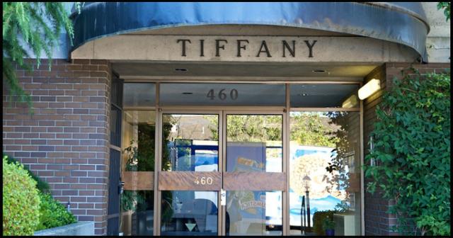 Tiffany Court   --   460 14TH ST - West Vancouver/Altamont #4
